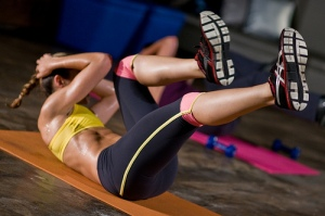 Photo credit: MiamiFitnessTV / Foter / CC BY-NC Yes, crunches are great for your core, but her abs were earned by doing a lot more than just side bends and sit-ups.