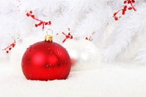 christmas-bauble-15738_640
